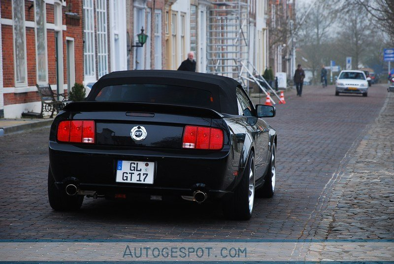 Ford Mustang Gt Convertible 45th Anniversary Edition 4