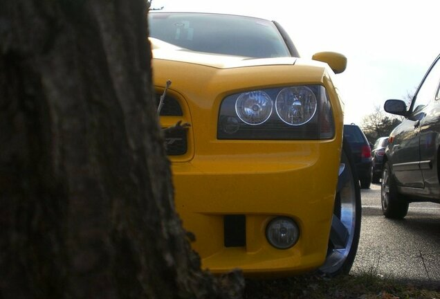 Dodge Charger SRT-8 Super Bee