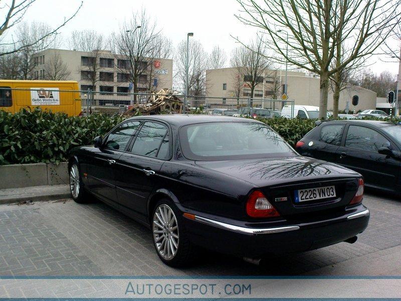 Jaguar XJR - 17 maart 2009 - Autogespot