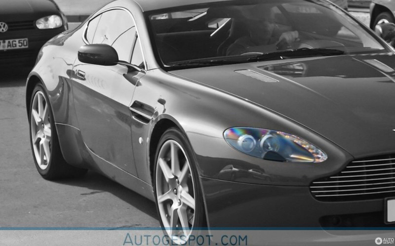 Aston Martin V8 Vantage - 8 April 8 - Autogespot | 2009 aston martin v8 vantage